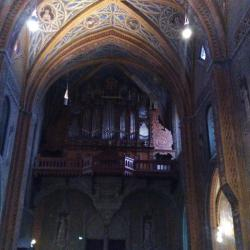 interieur cathedrale